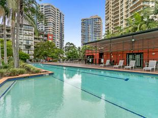Unique River Front Apartment - The Docks on Goodwin - Kangaroo Point