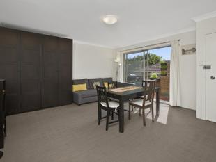 Centrally Located  Top Floor Unit - Coogee