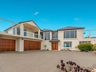 Enviable Executive Lifestyle Residence! - Redcliffs