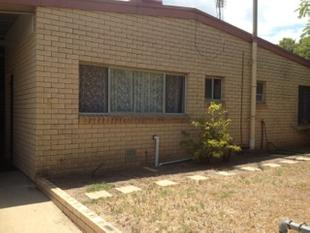 Brick unit walking distance to CBD - Goondiwindi