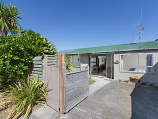 RENOVATED 3BED IN MOUNT / BOAT PARK - FINAL NOTICE - Mount Maunganui