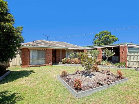 Grovedale, 27 Mulholland Crescent