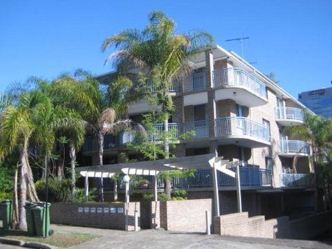 Parramatta, 5/5 Robertson Street