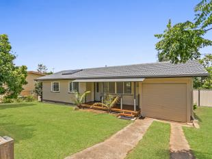 PRIVATE ENTERTAINER'S DELIGHT IN MOOROOKA - Moorooka