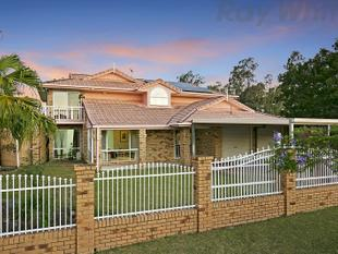 PRESTIGE LIVING - IN PRESTIGIOUS POSITION - Eight Mile Plains