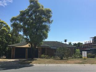 NEAT AND TIDY IN CALAMVALE - Algester