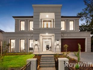 GRANDEUR EXEMPLIFIED IN THE GWSC CATCHMENT - Glen Waverley