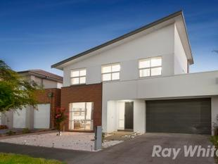 LUXURIOUS FAMILY FUNCTION IN LIFESTYLE SETTING - Mulgrave
