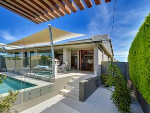 Stunning Moffat Beach Home - Moffat Beach