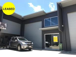Very Modern Warehouse with Office area - Caloundra West