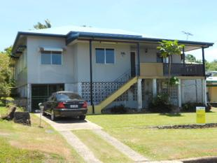 HIGHSET WELL BUILT HOME ON HIGH LOT ON INNISFAIL'S EAST SIDE - East Innisfail
