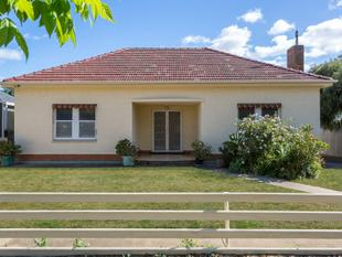 OPPORTUNITY KNOCKS TO BUILD TWO IN THIS COMMUNITY FRIENDLY SUBURB! - Rosewater