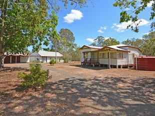 Charming Queenslander in a Peaceful Rural Setting - Sunshine Acres