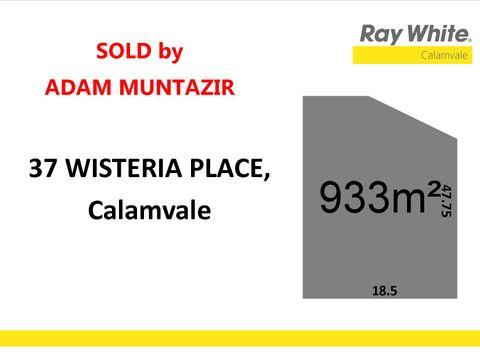 Calamvale, 37 Wisteria Place