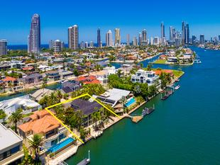TRANQUIL MAIN RIVERFRONT OASIS IN EXCLUSIVE PARADISE WATERS - Surfers Paradise