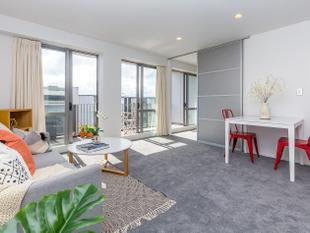 Generous Three Bedroom - Auckland Central