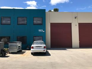 CONTAINER HEIGHT WAREHOUSE IN SECURE ESTATE! - Clayton South