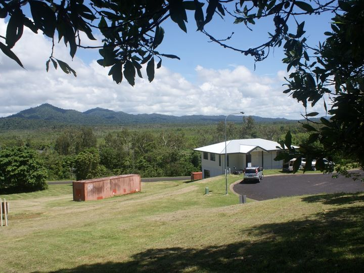 25 Riverside Terrace, South Mission, QLD