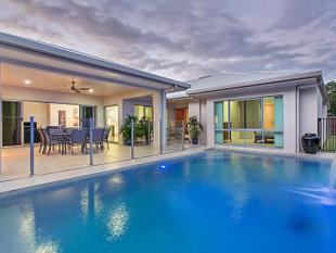 Exclusive Estate  Sprawling Resort Style Living with Picturesque Mountain Backdrop - Kewarra Beach