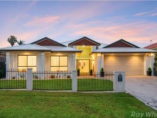 Stunning Luxiourios Family Home! - Eight Mile Plains