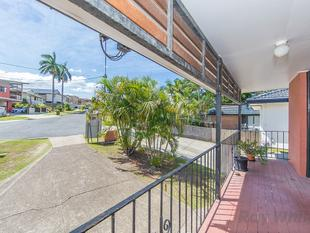 Two Unit Blocks - Buy one or buy both - Chermside