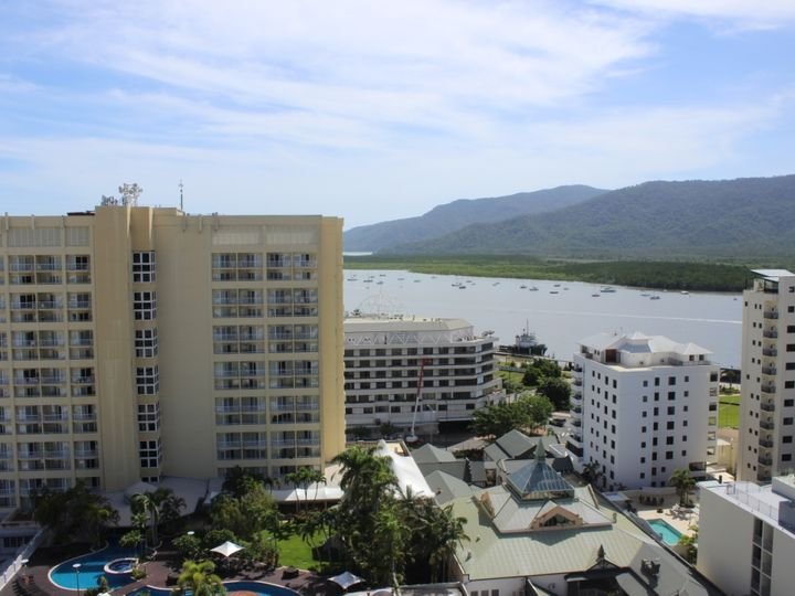 15A/15 Lake Street, Cairns City, QLD