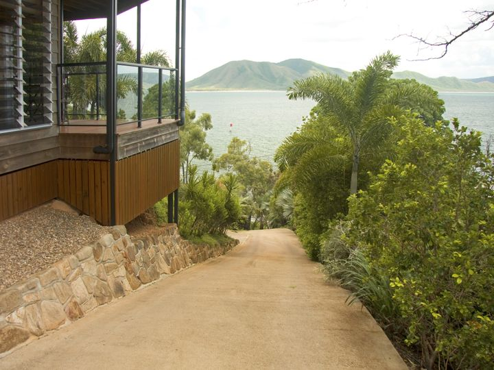18 Webber Esplanade, Cooktown, QLD