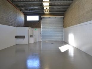 Warehouse And Office Space With Great Potential - Hillcrest