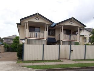 Immaculate Modern Unit - Chermside