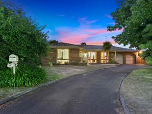 Big Accommodation in Family Central - Highton