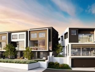 Brand New Luxury Townhouse in an Elevated Location (Low Body Corporate!) - Carrara
