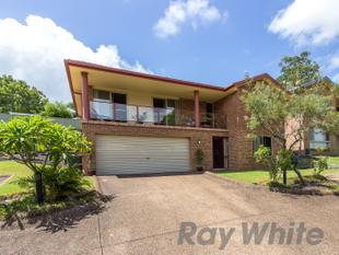 Stylish Family Home with Bushland Views - Valentine