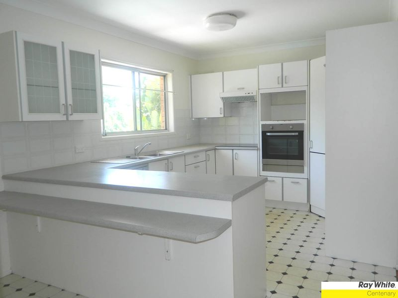 House leased jindalee qld 11 canowie road for Beds jindalee