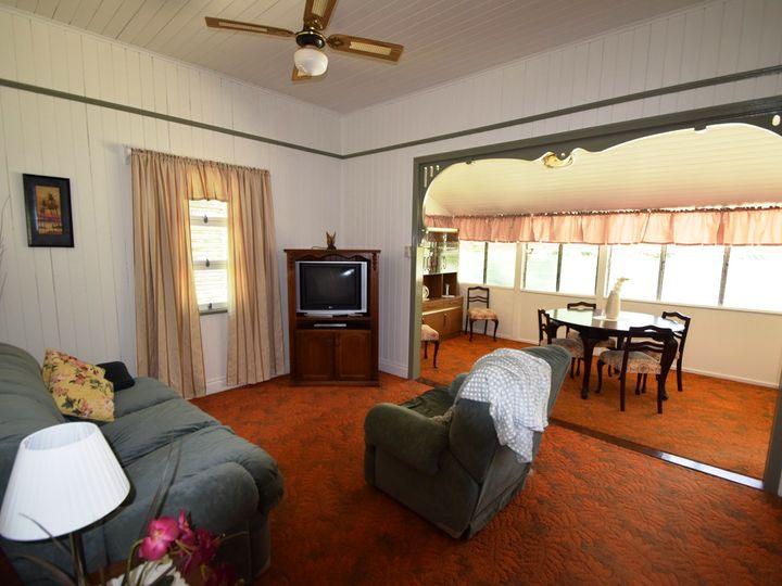 17 Dingyarra Street, Toogoolawah, QLD