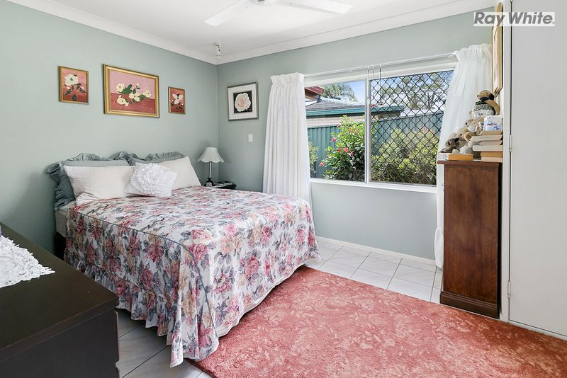 House leased jindalee qld for Beds jindalee