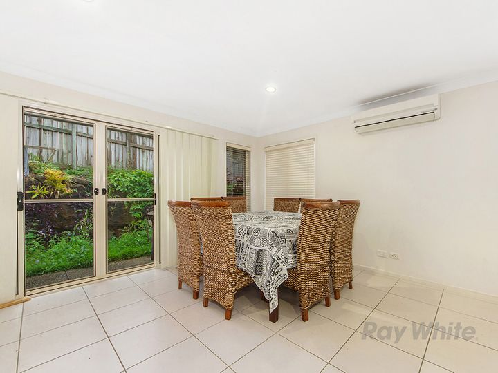 2/40 Bellagio Crescent, Coomera, QLD