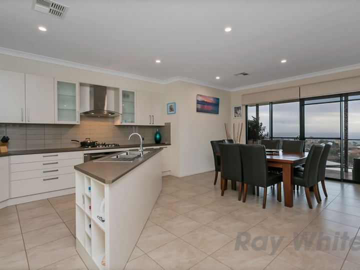 3/115 Perry Barr Road, Hallett Cove, SA