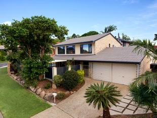 A home with all the bells and whistles - Aspley