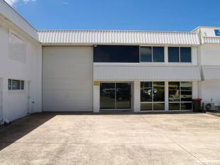 Showroom, Offices and Warehouse - Tweed Heads South