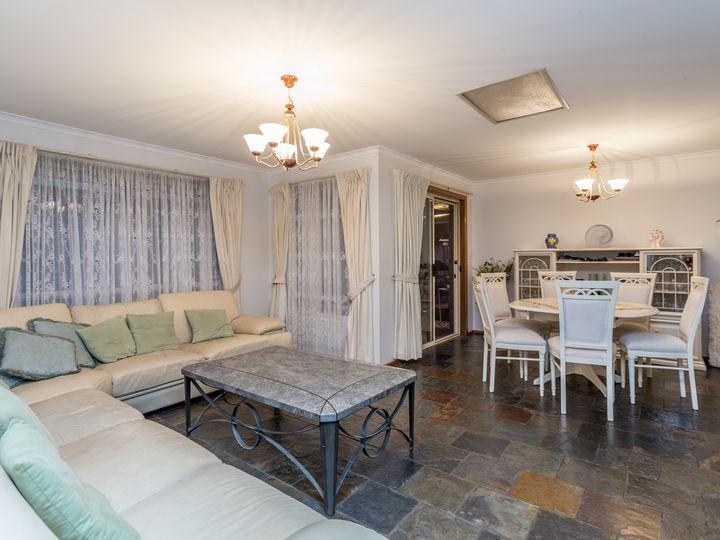 5 Baker Terrace, Pooraka, SA