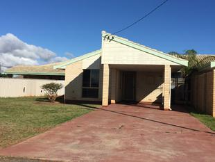 NEAT UNIT, CLOSE TO SHOPS - Wonthella