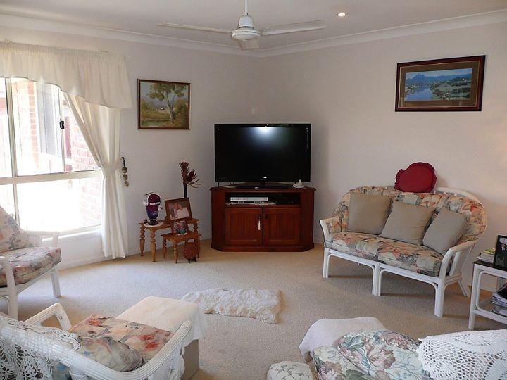 2/9 Seabreeze Boulevard, Pottsville, NSW