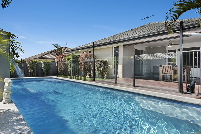House for sale north lakes qld 28 magnetic terrace for Queensland terrace