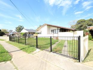 Renovated 3 Bedrooms Brick House - Lethbridge Park