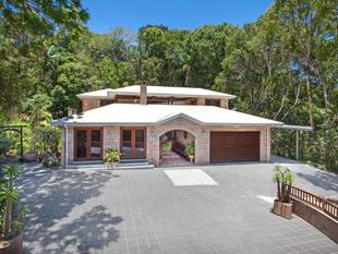 Handcrafted Sandstone Home in the Heart of Buderim - Buderim
