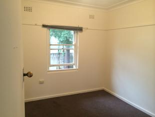 3 BEDROOM HOME- CLOSE TO TEMPLE & PARRAMATTA WESTFIELD - Westmead