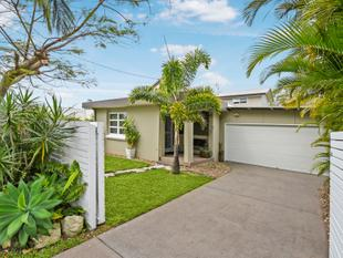 Beautifully Renovated Home With Dual Living Option - Shelly Beach