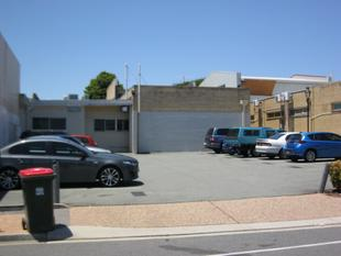 LARGE OFFICE SPACE IN MAIN STREET LOCATION - Caboolture