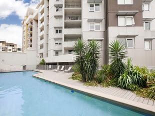 LITERALLY THE BEST PRICED APARTMENT IN THE 400 POST CODE - Brisbane