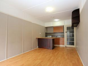 GREAT UNIT FOR THOSE ON A BUDGET - Moorooka